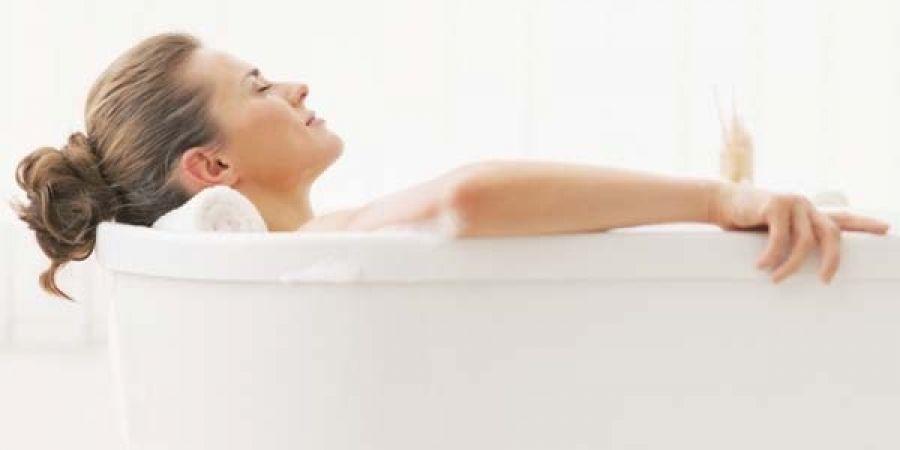 Ванночки для лечения геморроя в домашних условиях: народные рецепты, показания и противопоказания к применению, отзывы больных